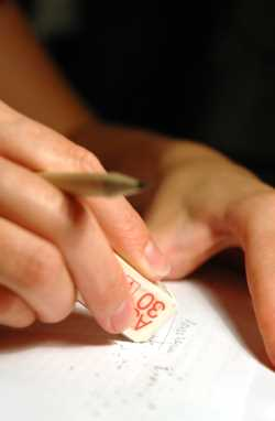 apporter des corrections aux articles courts